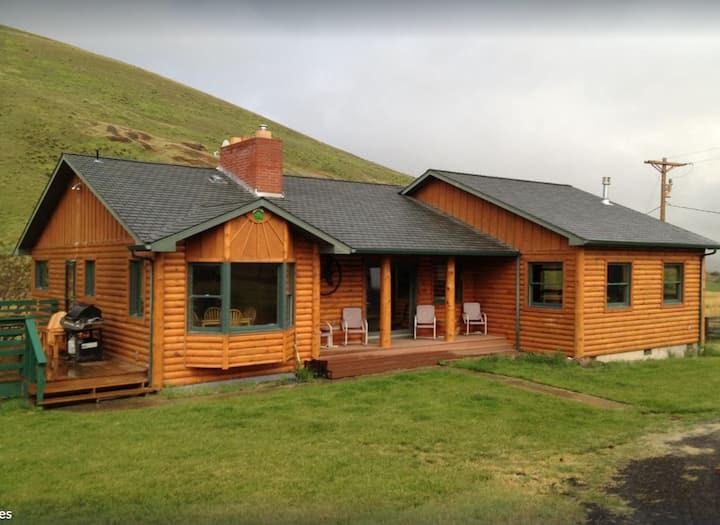 20 Acre Modern Cabin for the perfect escape
