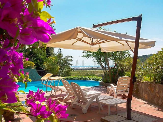 Apt Porto Ercole 2bdrs 2btrs Airco Shared Pool