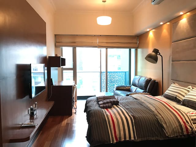 Lux new 1BR 3min Wanchai MTR w/ Rooftop,pool & gym - Wanchai - Daire