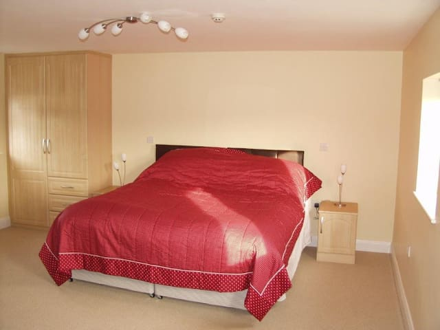 Quorn Bedroom as a Superking Bed