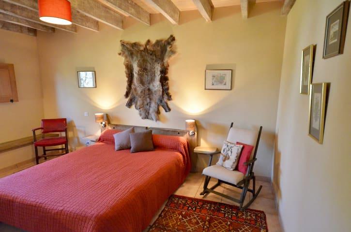 La Grange double bedroom downstairs