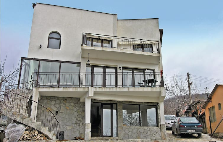 Holiday cottage with 3 bedrooms on 190m² in Nessebar
