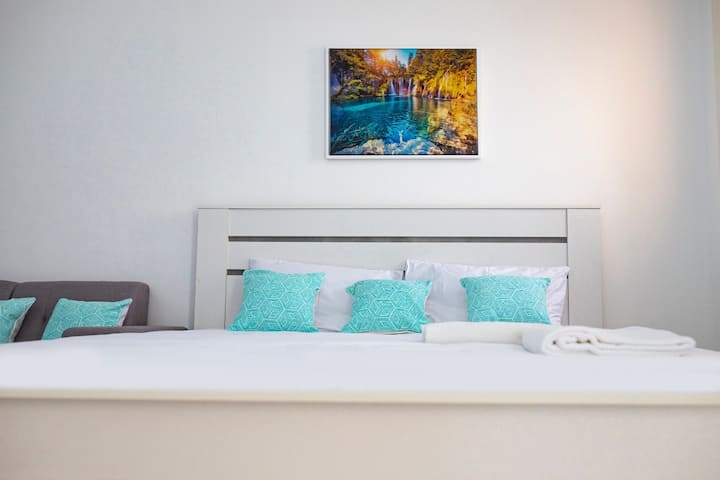 Luxury Furnished Studio Apartment @ IC 9