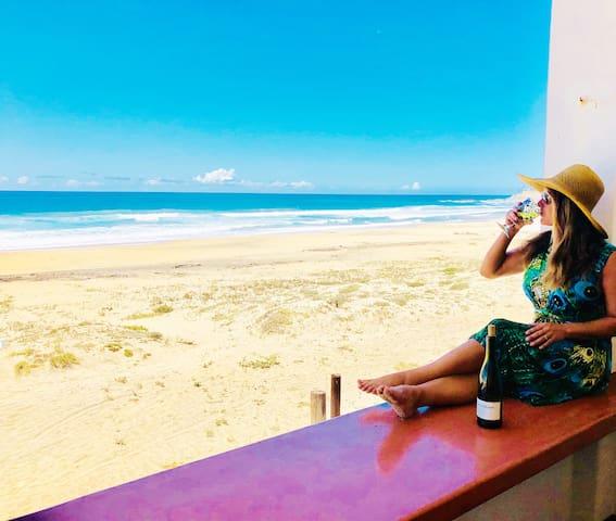☀ Summer Sale! Soul Surfer Beachfront Condo! Pool!