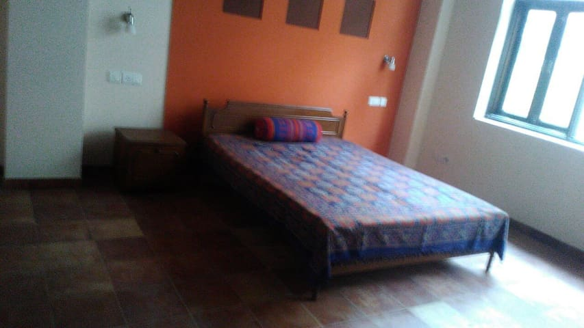 Rooms in Ananya House, Sector 10-A, Gurgaon