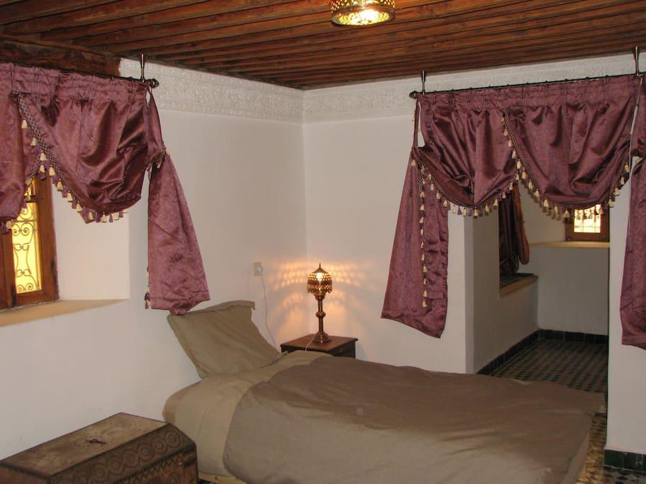 Chambre Attarine avec 3 lits