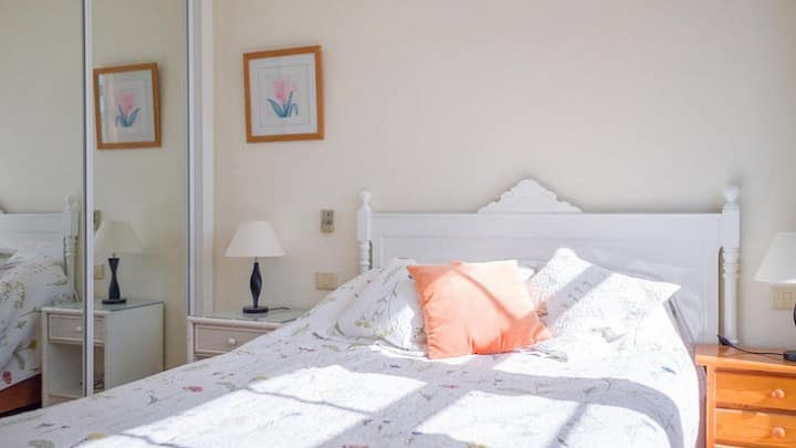 Spacious 3 bedroom House Puerto Calero Las Palmas