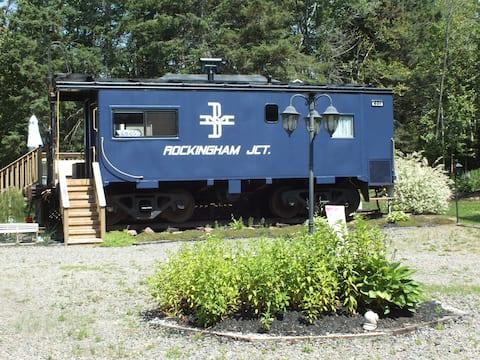 Blue Caboose-Boston & Maine 491