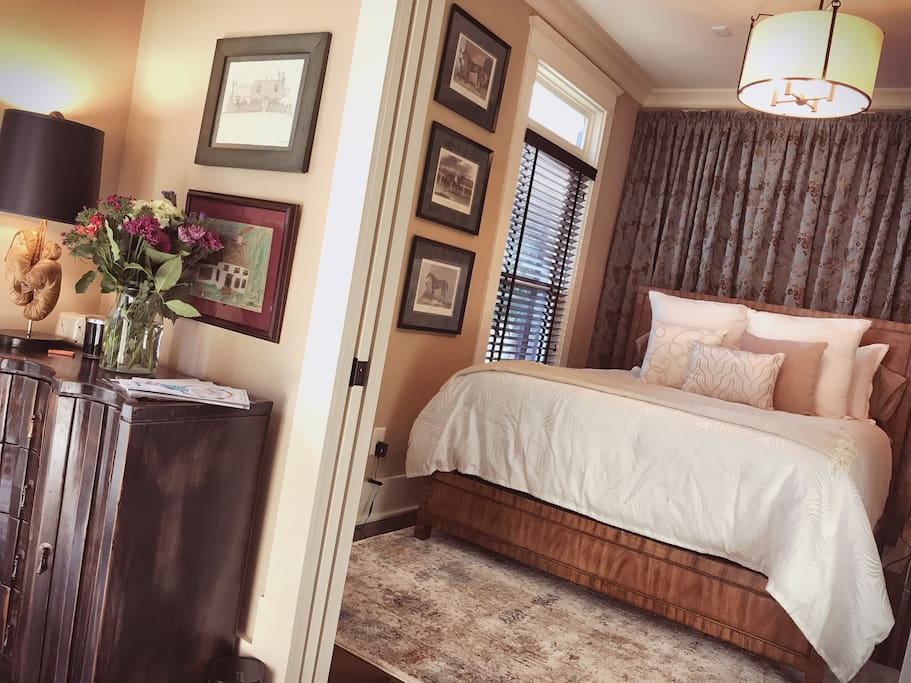 Downtown Nashville Private Bedroom Suite Houses For Rent In Nashville Tennessee United States