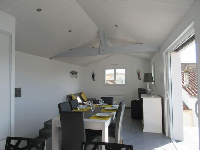 Bel Appartement avec balcon,  confortable réf 510 - La Tranche-sur-Mer - Apartment