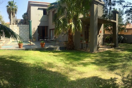 Love Filled Home for rentals - Hartbeespoort - Haus