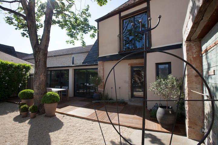 LE SO'HOME, Maison-loft avec jardin centre ville
