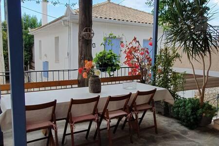 Apartment in Peloponnese Charakopio-Koroni