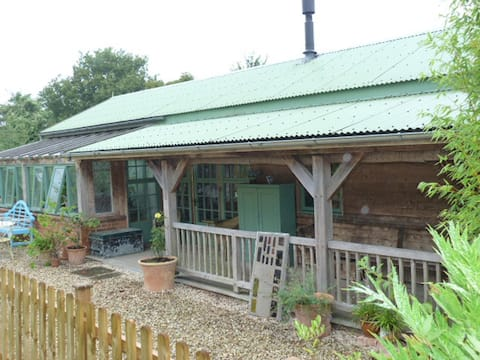 The Garden Room - in peaceful rural location