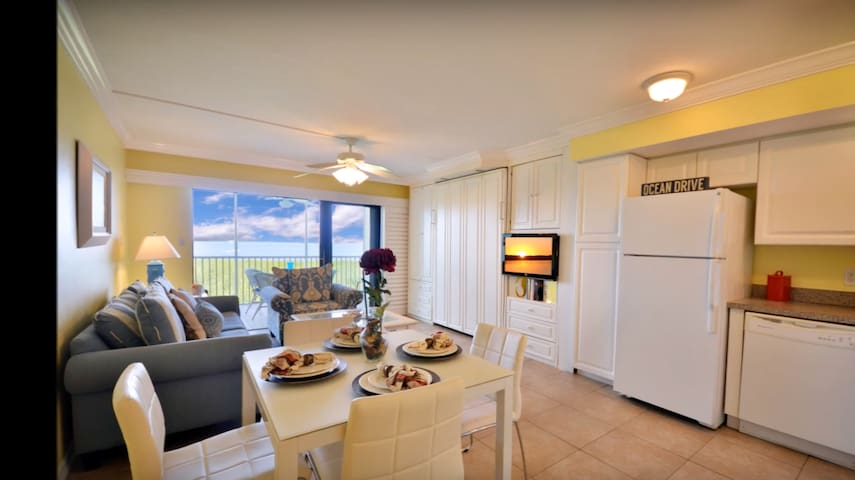 South Seas Resort Condo with Panoramic Bay Views