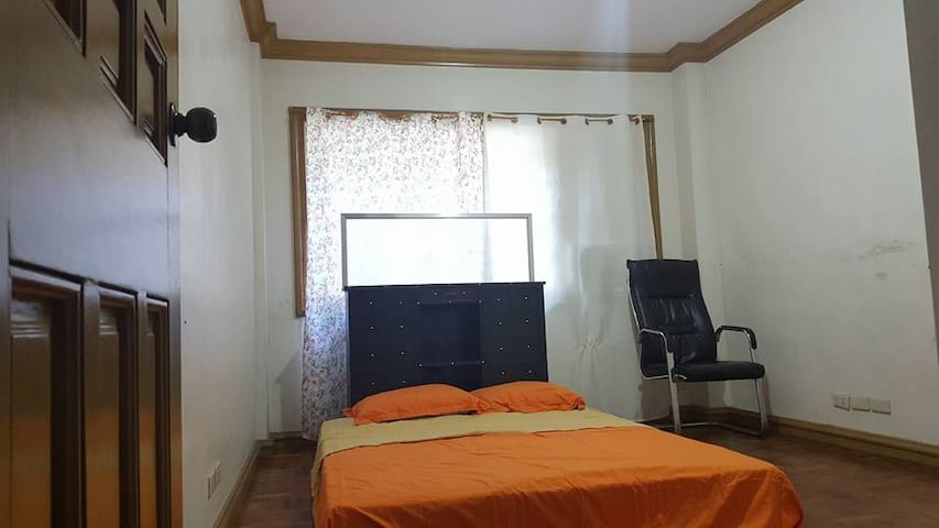 couple room for cheaper with breakfast for two
