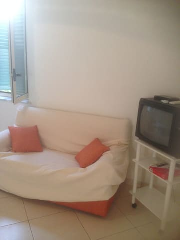 IRTE HOUSE - Locri - Apartment