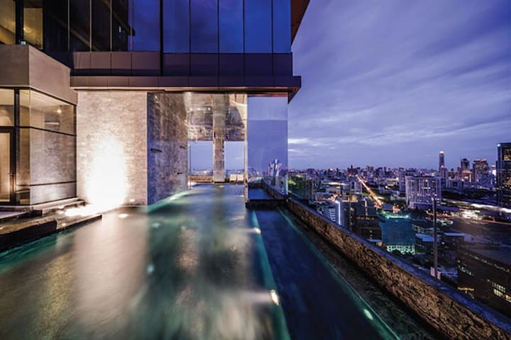 Luxury M Silom Sathorn Condo,BTS WiFi 曼谷是隆路沙吞公寓会中文