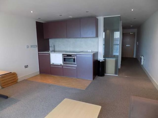 Very Central Flat, 1 Bed+Sofa Bed+Free Parking