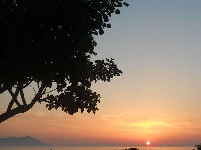 Flat with amazing Sunsets view - Favignana - Daire