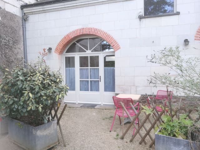 studio dans propriété des  bords de loire