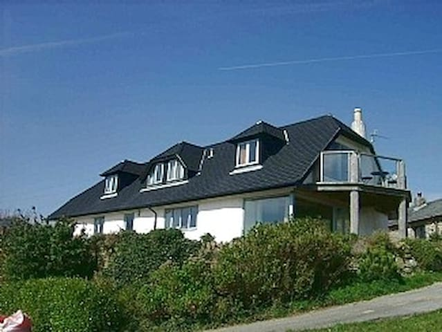 Modern Straw Bale Eco House, nr St Ives & Penzance - Cornwall - Huis