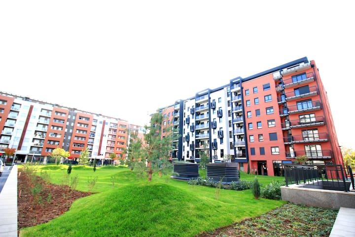 New Belgrade Apartment Delta City Lux