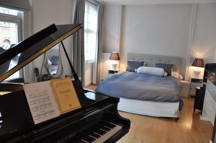 3 rooms, great location - Ixelles - Apartmen