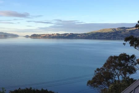 Sunny house on Otago Peninsular with great views - Dunedin - Casa