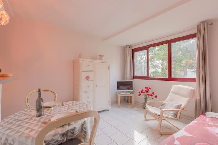 Apartment with free car park ❤️15min to Aix center