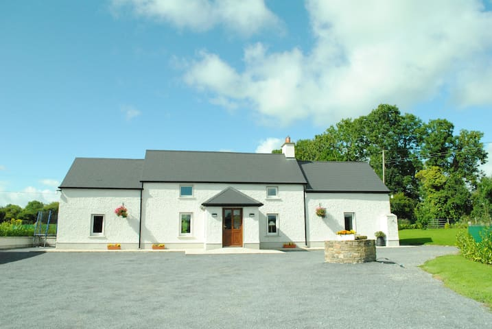 Beech Lane Farmhouse - Kilkenny
