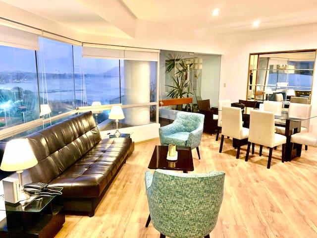 Spectacular Ocean View Apartment in Miraflores!..