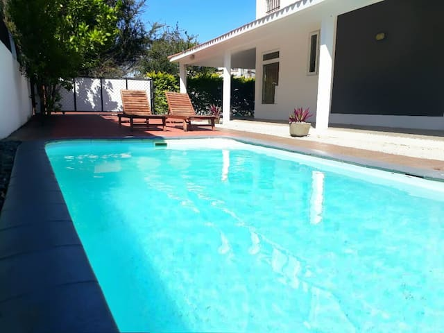 Seashore Pool Villa (Private)
