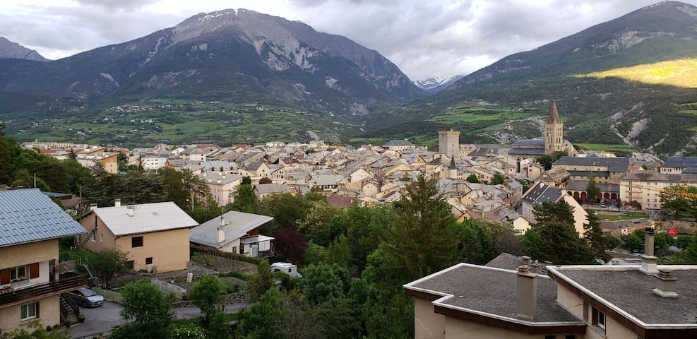 EMBRUN (05200) Le Perchoir
