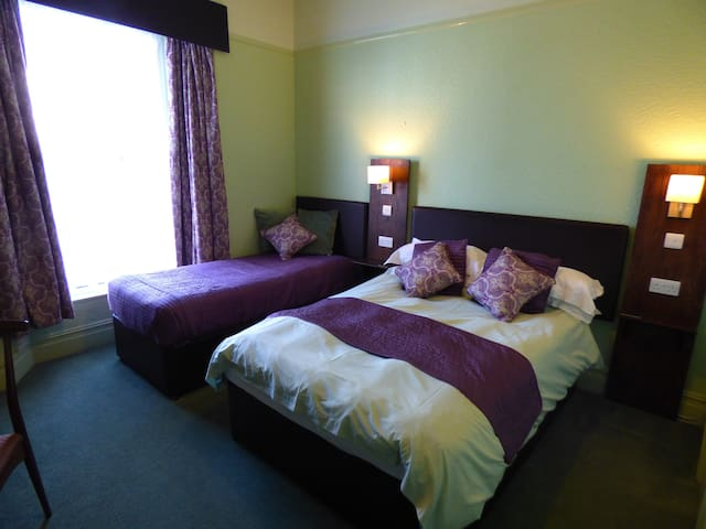 Double Room 3 at The Southcliff