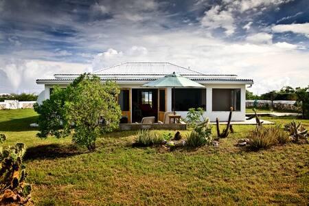 Salt Cay's Salt Hill House