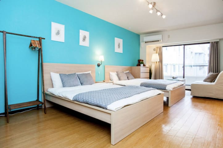 Bright & Artsy Flat in the heart of Tokyo!