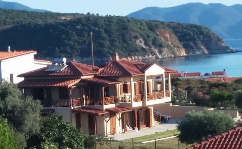 Villa Calypso Suite 1 - Ierissos - Apartmen