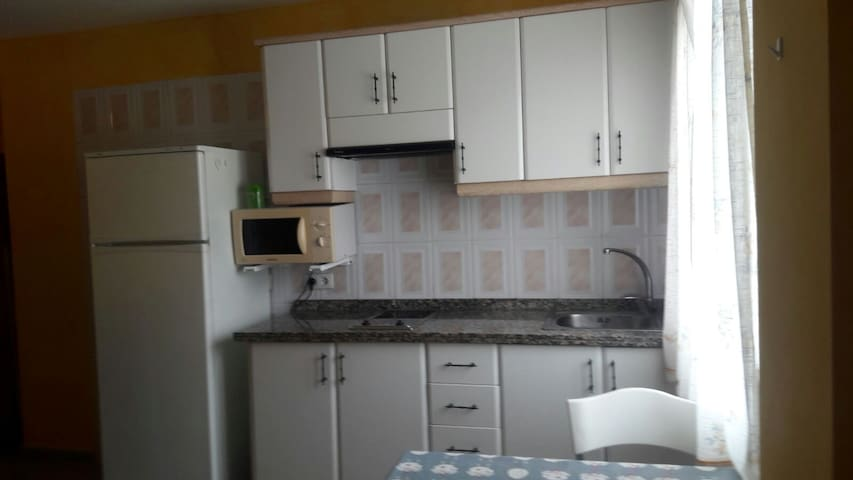 Small, fully equipped apartment in San Lorenzo - Arona - Wohnung