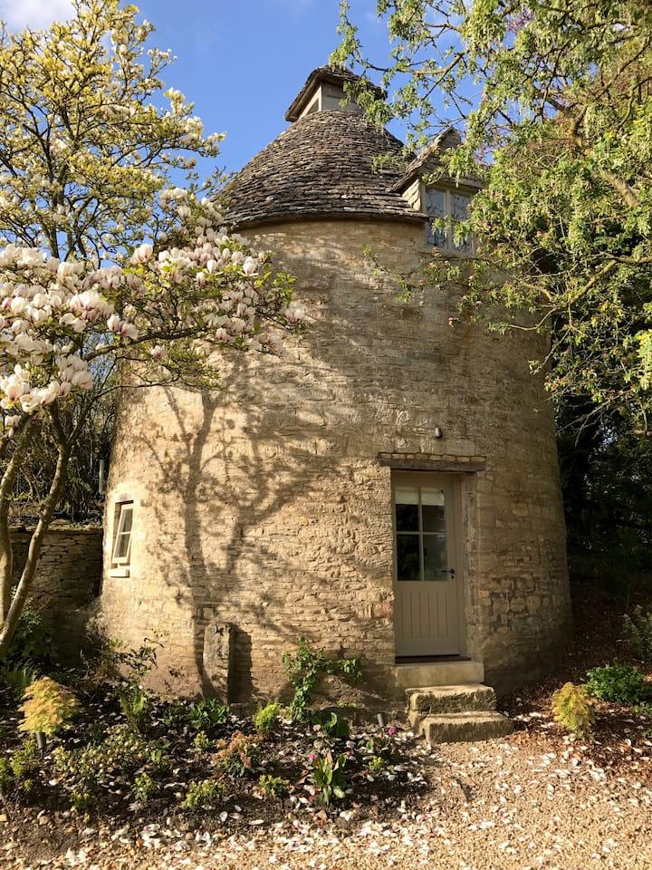 Bibury Hidden Dovecote (Grade II Listed)