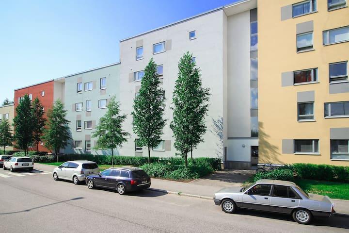One bedroom apartment in Helsinki, Ristipellontie 6