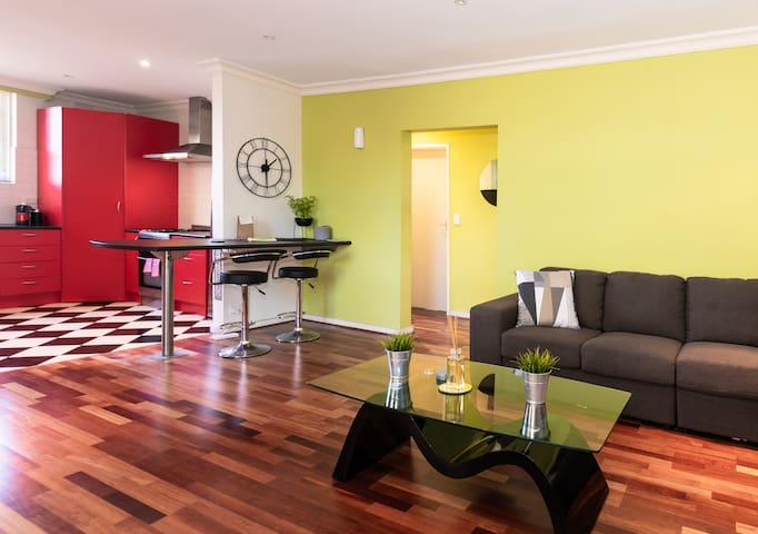Bright, bold and spacious - Moonee Ponds