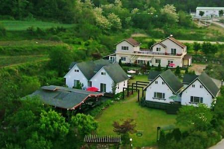 설악산 Tour &Stay Villas(Family Suite) - Ganghyeon-myeon, Yangyang
