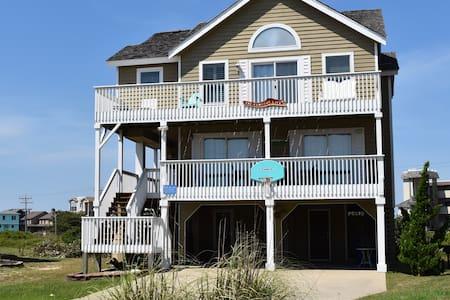 The Sandbar Life, 5 bed 3.5 bath Beach Home