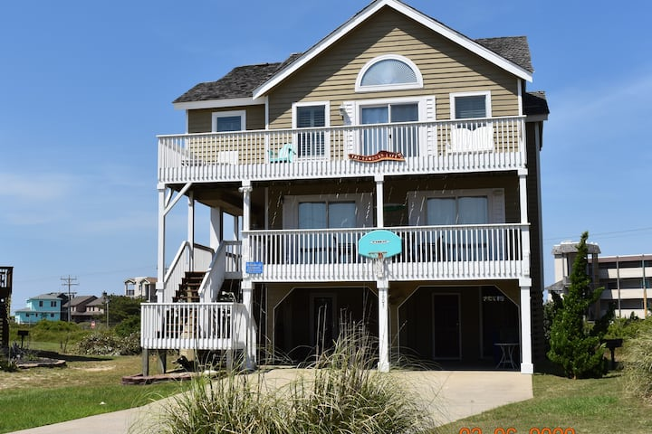 The Sandbar Life, 5 bed 3.5 bath Beach Home