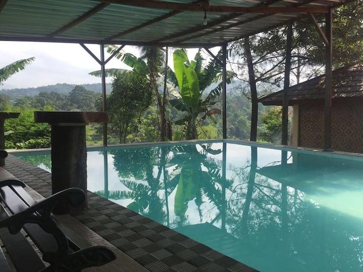Villa Bukit Punclut