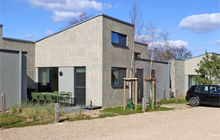 Holiday cottage with 2 bedrooms on 84m² in Lembruch/Dümmer See