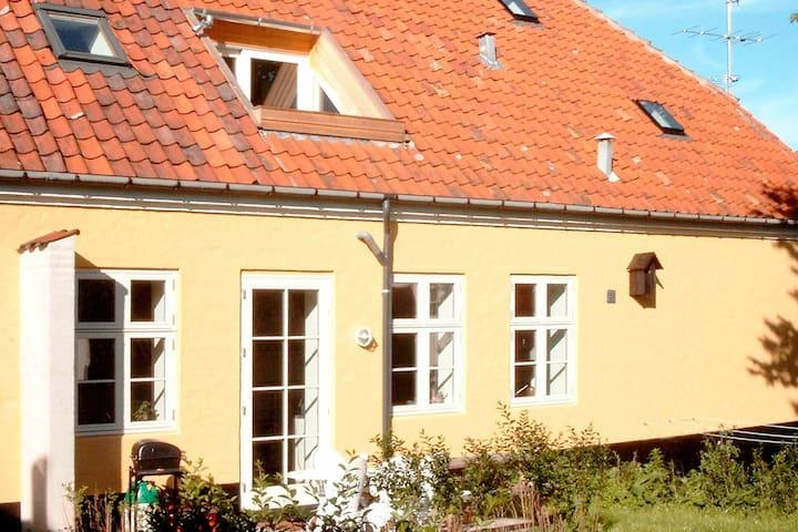 Splendide appartement à Svaneke avec balcon