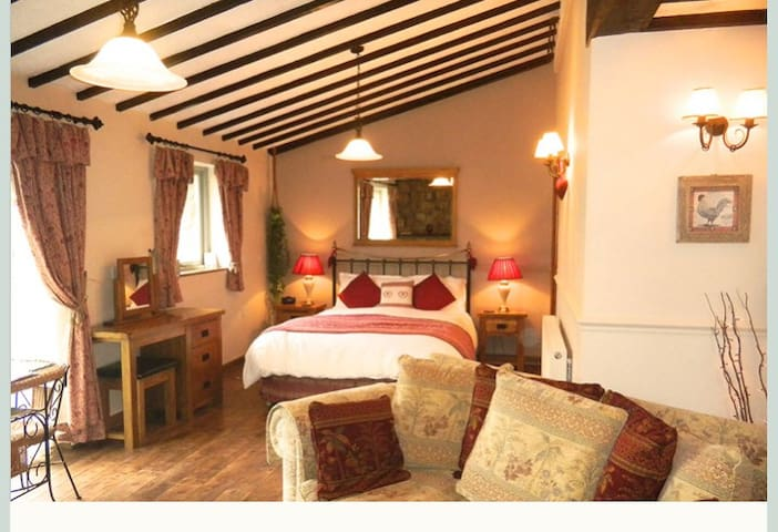 2 Y Stabal - Self-catering Two room suite