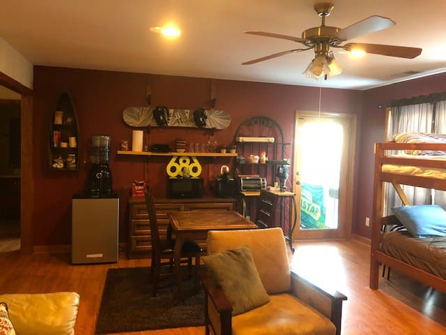 Living room w/small cooking area